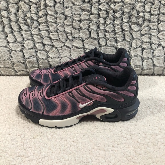 Nike Other - NIKE Air Max Plus GS Gridiron Grey/Pink